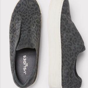 8.5 leopard print Sneakers